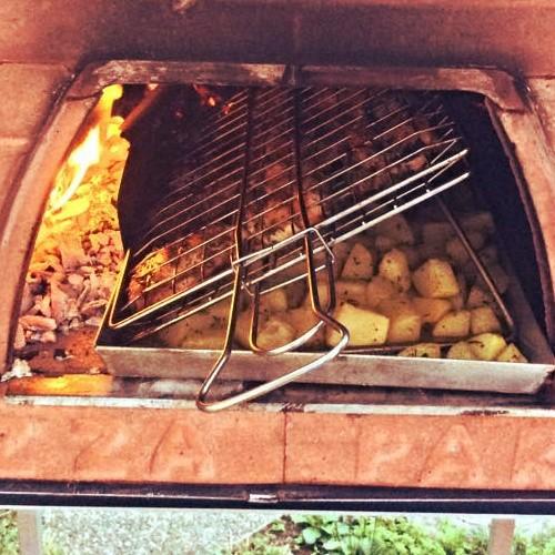 Come fare il barbecue e l arrosto nel forno a legna for Come fare piano casa